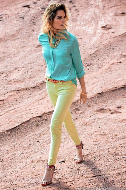 Colores, estilos y tendencias de moda 2015. Markova colección primavera verano 2015.