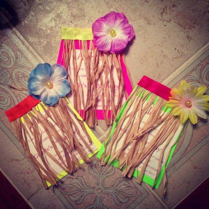 Luau grass skirt invitations! Too cute!