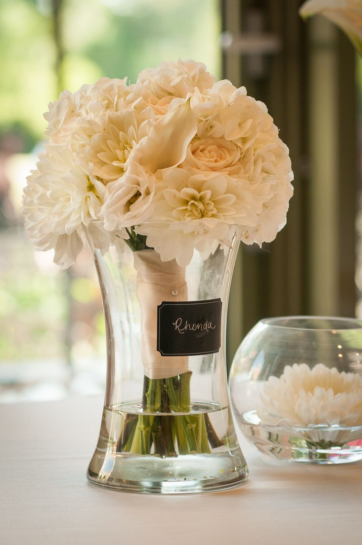The brides bouquet that's later used for table décor.