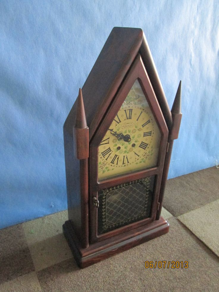 New England Clock Company Steeple Clock Model 212cd