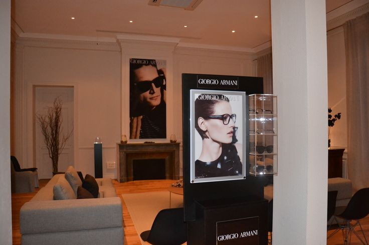 #Showroom Armani pour Luxottica.