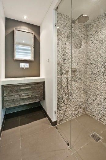 Vernieuwbouw grachtenpand. Badkamer.