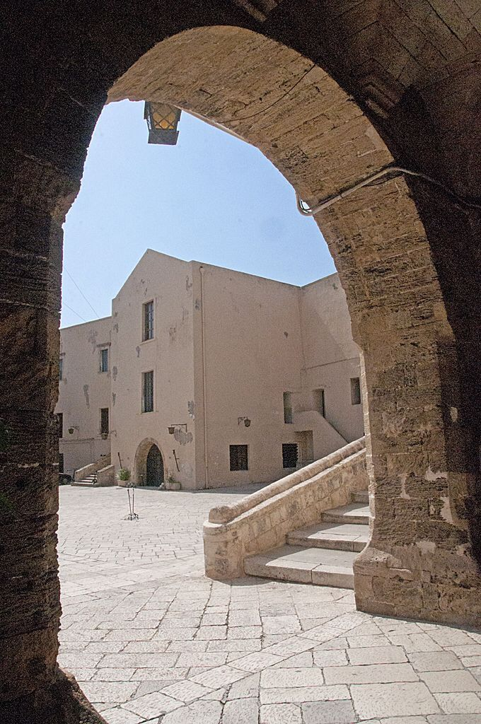 Interni Castello Aragonese