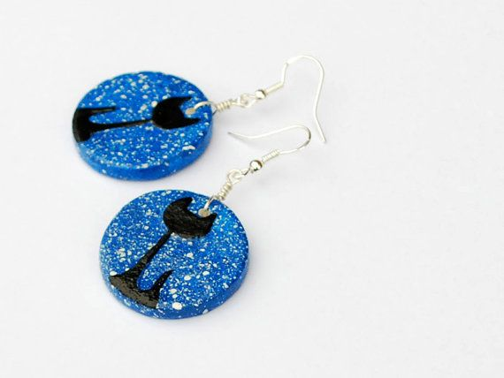 Black cat charm earrings. Gifts for cat lovers. By siret
