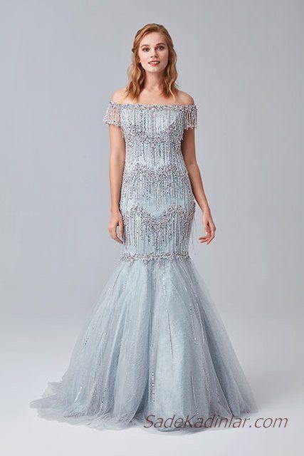 86711da226fc7 2019 Abiye Elbise Modelleri Gri Omzu Açık Balık Düşük Kol Püskül Detaylı