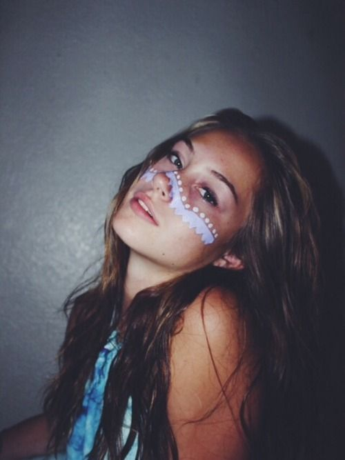face paint + messy hair