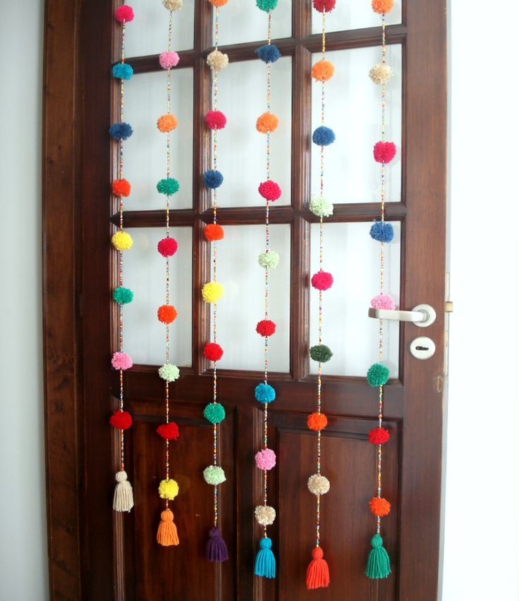 Ideas creativas para decorar con pompones. | Felicidad – Frases y artículos de amor y felicidad