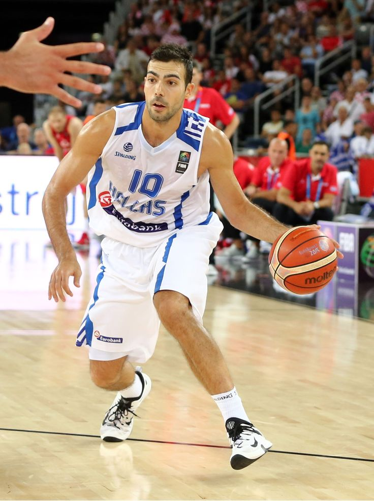 Ο Κώστας Σλούκας. Το επόμενο παιχνίδι της Ελλάδας είναι με την Γεωργία.