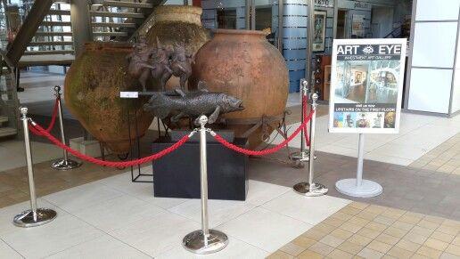 Beautiful bronzes and and 17th century Spanish Amphora's