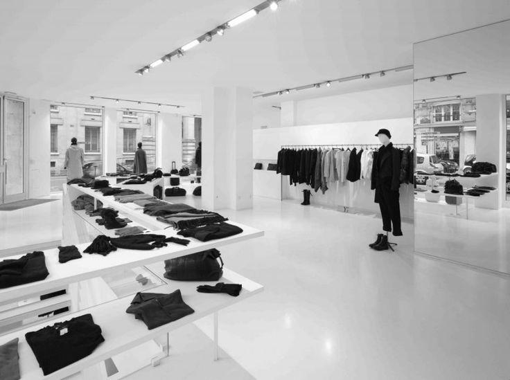 Quand larchitecture rencontre la couture: Jean Nouvel x Yohji Yamamoto /////////\\\\\\\\ Jean Nouvel a imaginé une collection inédite de mobiliers pour habiller la boutique et la ligne Ys Yohji Yamamoto une rencontre à ne pas manquer dans le #parcoursmaraisbastille #PDW15 #Yamamoto  #JeanNouvelDesign #Fashion #TEAM14SPIN #TEAM14SINS #team14stw #parcoursmaraisbastille