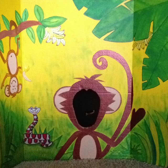 DIY Monkey photo scene setter for jungle theme birthday party