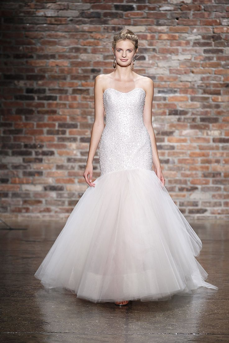 Discover The Best Ideas For Wedding Attire Read Articles And Watch Videos About