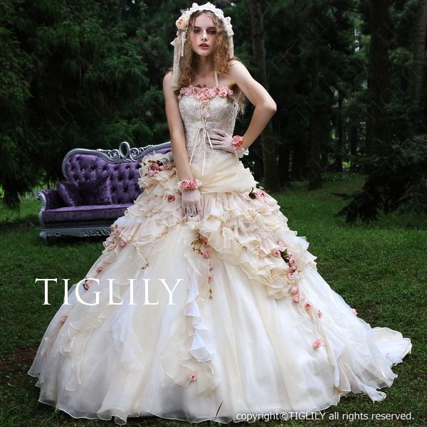 ウェディングドレス.ウエディングドレス.お花。ウェディングドレス_ウエディングドレス_カラードレス_Aライン_プリンセス(c120)TIGLILY