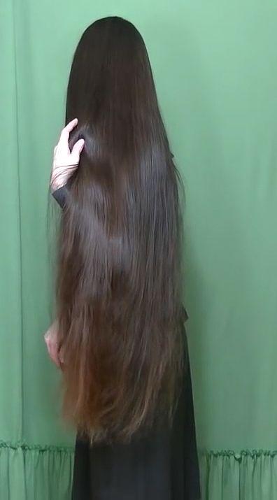 long hair                                                                                                                                                                                 Mehr