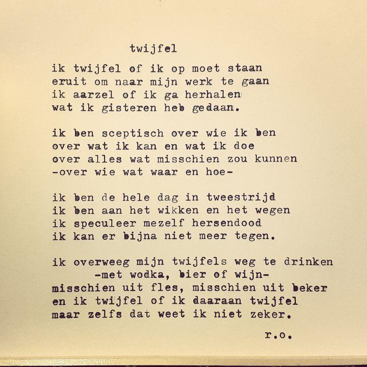 In het nieuwe gedicht van René Oskam speelt twijfel de hoofdrol. Twijfels over alles, maar vooral ook twijfels over zichzelf.