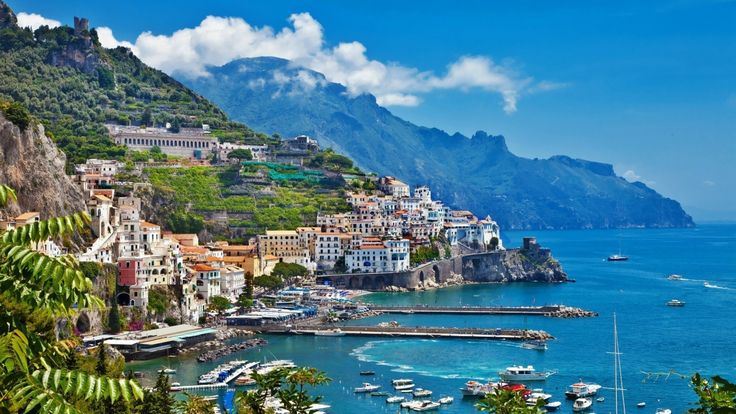 Amalfi Coast Towns | Amalfi coast. Photo by italianowithjodina.com
