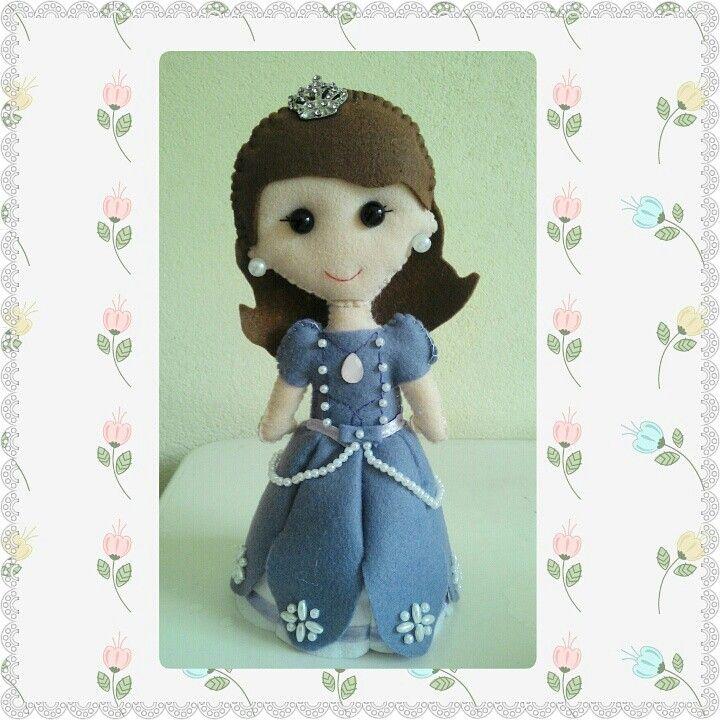 #PrincesinhaSofia #boneca #feltro
