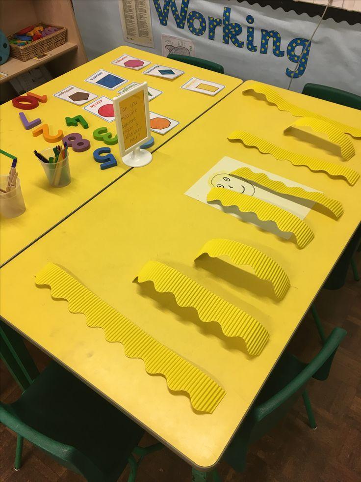 Measuring lengths of Goldilocks hair - maths table