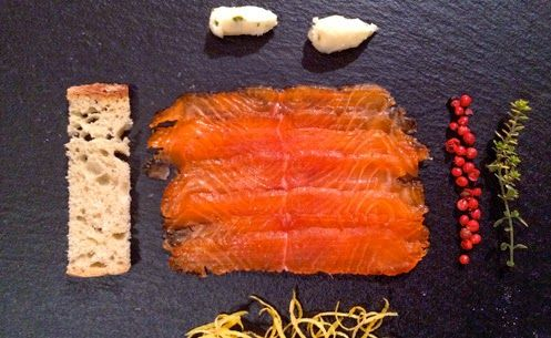Salmone marinato #ricetta di @lefarfallenellostomaco
