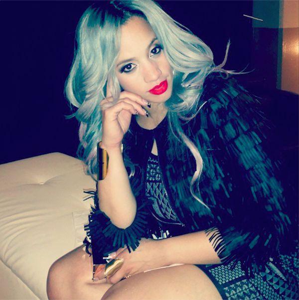 dascha-polanco-gray-hair-glamazons-blog