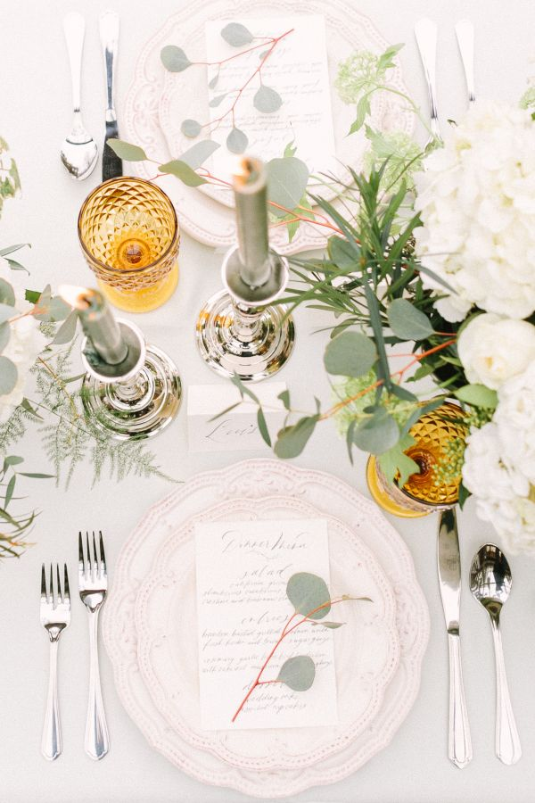 Elegant muted table decor with a pop of gold: http://www.stylemepretty.com/canada-weddings/british-columbia/vancouver/2016/08/03/mint-cream-mustard-wedding-color-palette/ | Photography: Kim James Photography - http://kim-james.com/