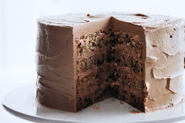 Μια συνταγή της κορυφαίας Αμερικανίδας σεφMartha Stewart για ένα υπέροχο Σοκολατένιο Κέικ με ξινόκρεμα που του δίνει υπέροχη γεύση, με γέμιση &κάλυψη