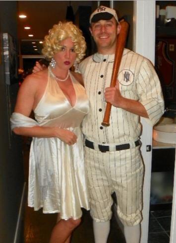 Good couple costume - Marilyn Monroe & Joe DiMaggio