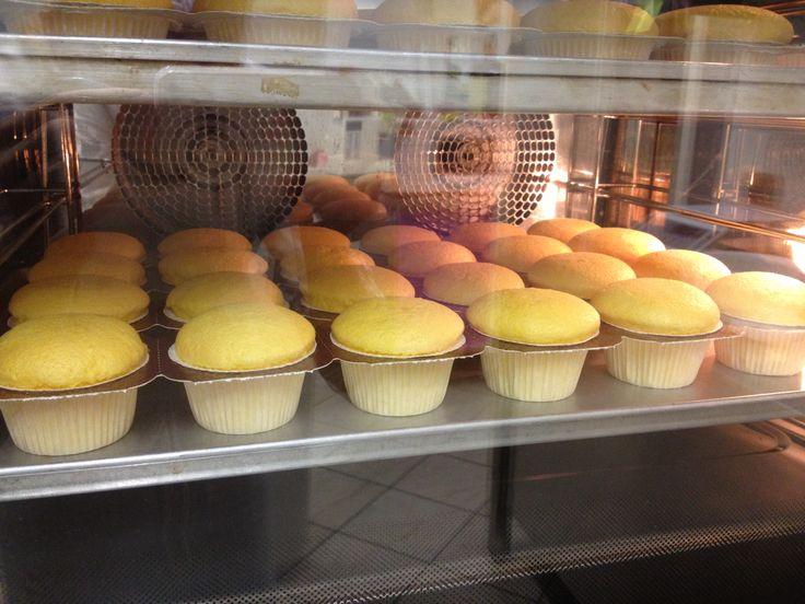 Cupcake Gluten Free al cioccolato , frutti di bosco ciliegia e meringa morbida  Le Torte di Giada Brescia