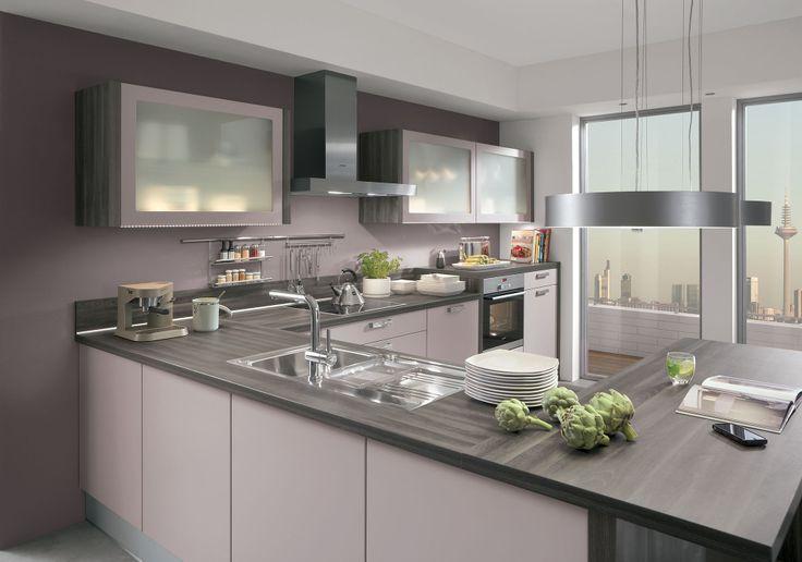 L 39 alliance parfaite du violet pastel et du gris platine forme cette splendide cuisine en u - Cuisine platine but ...