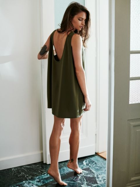 BACKLESS SUMMERY U-BACK OVERSIZE DRESS IN MILITARY GREEN | €70.78, In Stock | Everything simple @ theodderside.com