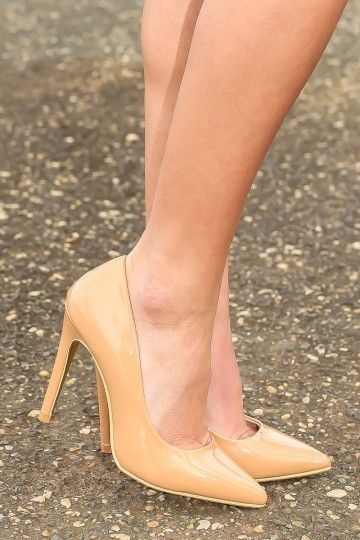 Closet staple piece! The perfect nude heels! You don't just want them, you need them!