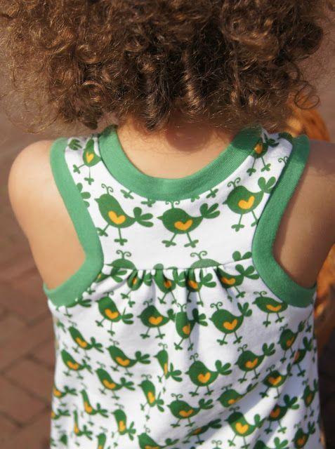 Op pinterest kwam ik deze racerback dress tegen. Inclusief gratis patroon en handleiding. Ideaal zomerjurkje wat aanvoelt als een slaapjur...