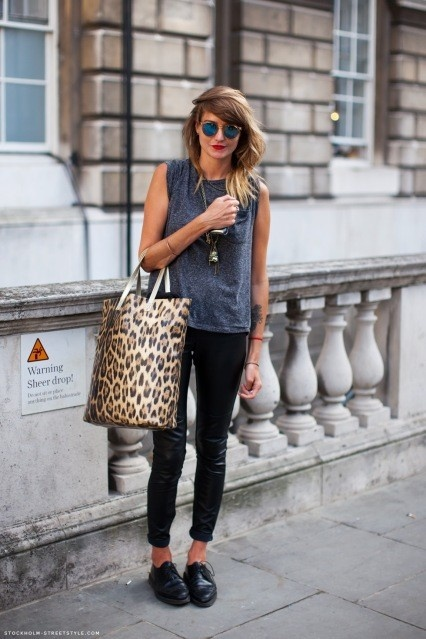 Like the shoes with this outfit...