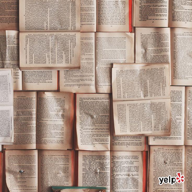 El Día Mundial del Libro se acerca y nosotros lo celebramos el sábado 23 a las 5 PM en El Pabilo, la enorme sorpresa es que contaremos con la presencia del autor Gabriel Vázquez, aquí les dejamos más sobre él. Vendrá a presentar sus más recientes obras y nos leerá algún fragmento de sus libros.   Biografía de Gabriel Vázquez:  Gabriel nació en la Ciudad de México en 1974. Estudió la licenciatura en Comunicación en la Universidad Intercontinental y tiene maestría en Guionismo. A lo largo de…