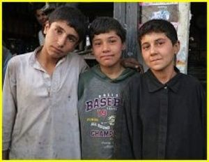 Afghanistan : les « Bacha posh », des filles au masculin