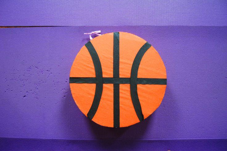 #Pinata basket ball