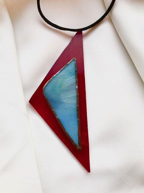 Handgemaakte, exclusieve ketting met hanger gemaakt van 2 soorten Tiffany glas door BeautifullSieraden op Etsy