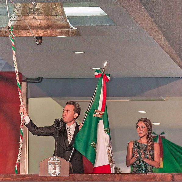 Anahí en su primer Grito de Independencia como Primera Dama de Chiapas