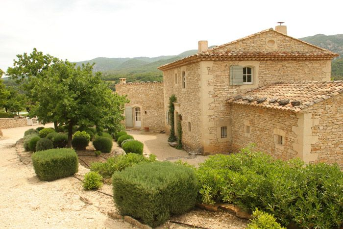 Mas de la Baume is a splendid old stone mas that has been beautifully renovated by the owners in a updated style while retaining all the ancient character of the house from it's tile floors to beamed ceilings, wooden doors and stone fireplace.