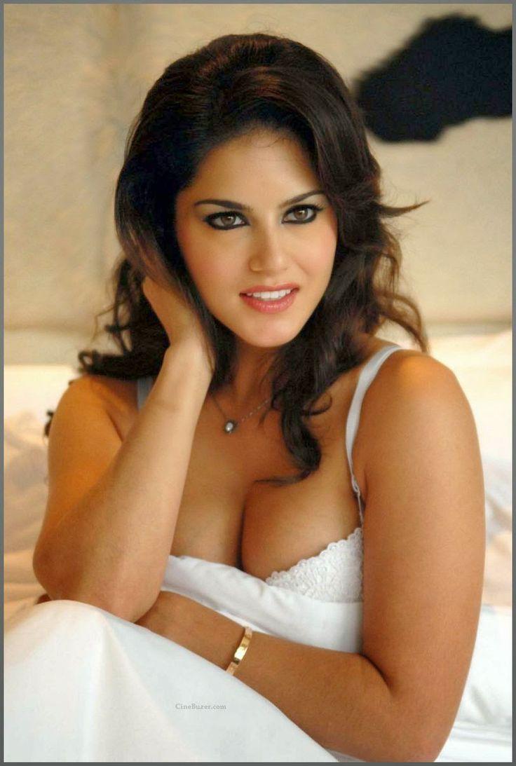 Mia Leone naked 498