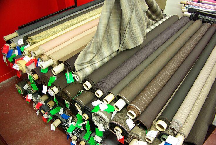 Lainages pour tailleurs, robes ... Disponibles au rayon Couture et Haute Couture de votre magasin Ellen Décoration.