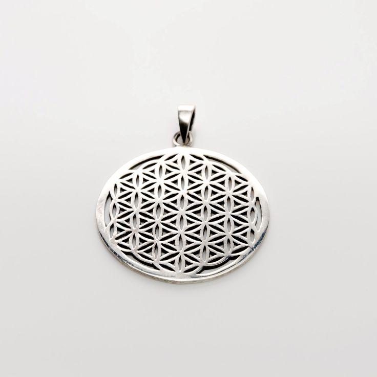 Pandantiverealizate din argint 925 premium. Floarea Vieții este un simbol de geometrie sacră cu o forță magică și cu o încărcătură energetică deosebită, c
