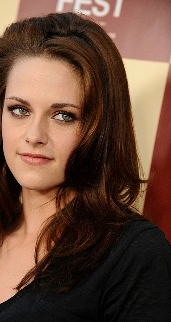 "Kristen Stewart at ""A Better Life"" Premiere in L.A. in June 2011"