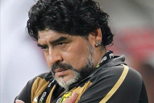 Diego Maradona se realiza una cirugía facial para rejuvenecer su rostro