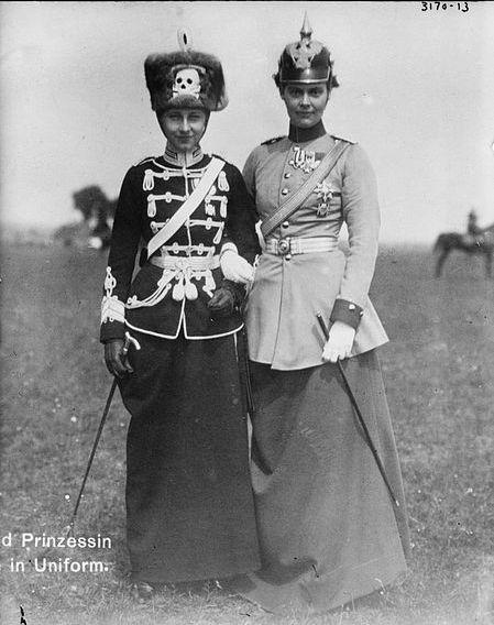 Viktoria Luise von Preußen and Cecilie von Mecklenburg-Schwerin
