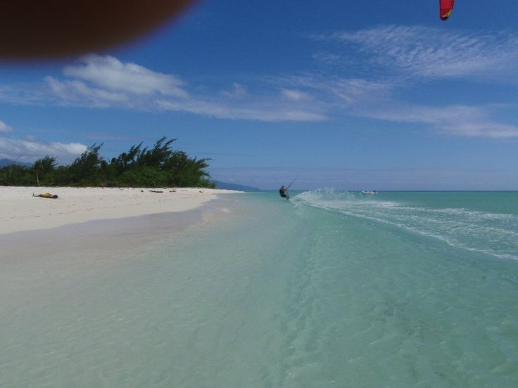 Kitesurfing Reef Island