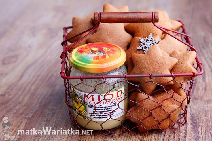 Pierniczki alpejskie z Miodami Bartkowiaka! Juhuuu! Sezon Piernikowy otwarty! Upiekła je pasjonatka smaków i aromatów, blogerka Matka Wariatka
