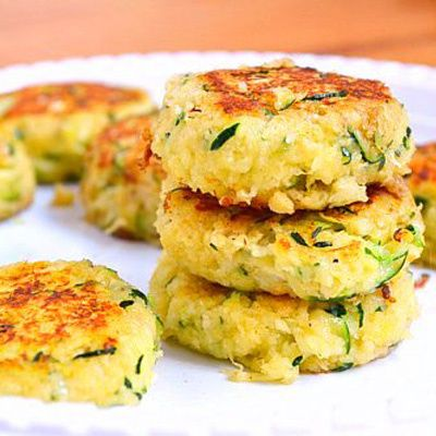 Healthy and delicious zucchini cakes.
