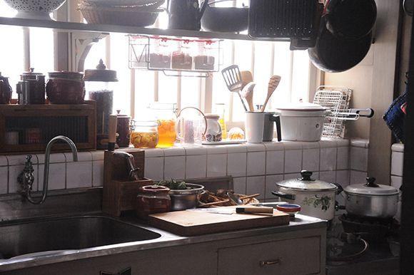 鎌倉の洋館風住宅 キッチンのデコレーション キッチンアイデア 古民家 インテリア