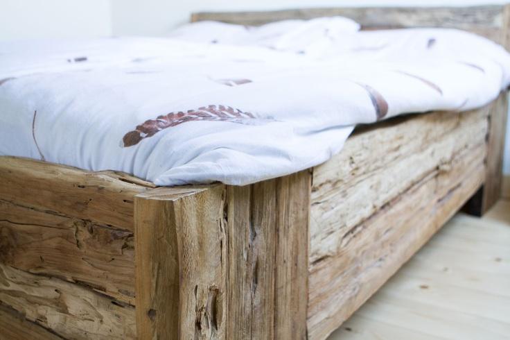 17 beste afbeeldingen over bedden slaapkamer op pinterest slaapkamerdesigns houten bedden en - Houten bed ...